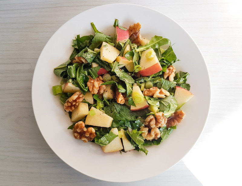 dandelion walnut salad