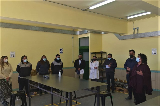 Colegio Don Bosco Calama firma convenio marco con empresa Komatsu Cummins