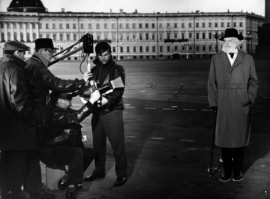 1964. Бывший депутат Государственной Думы, монархист- националист В.В. Шульгин