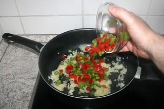 13 - Add bell pepper / Paprika hinzufügen