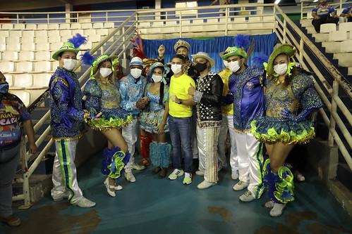 29.08-21 - O último dia de apresentação da Mostra Folclórica de Manaus contou com a presença do prefeito David Almeida