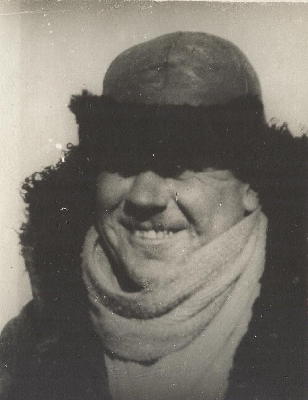 1934. Боцман Яныч Виновский - участник экспедиции по спасению челюскинцев