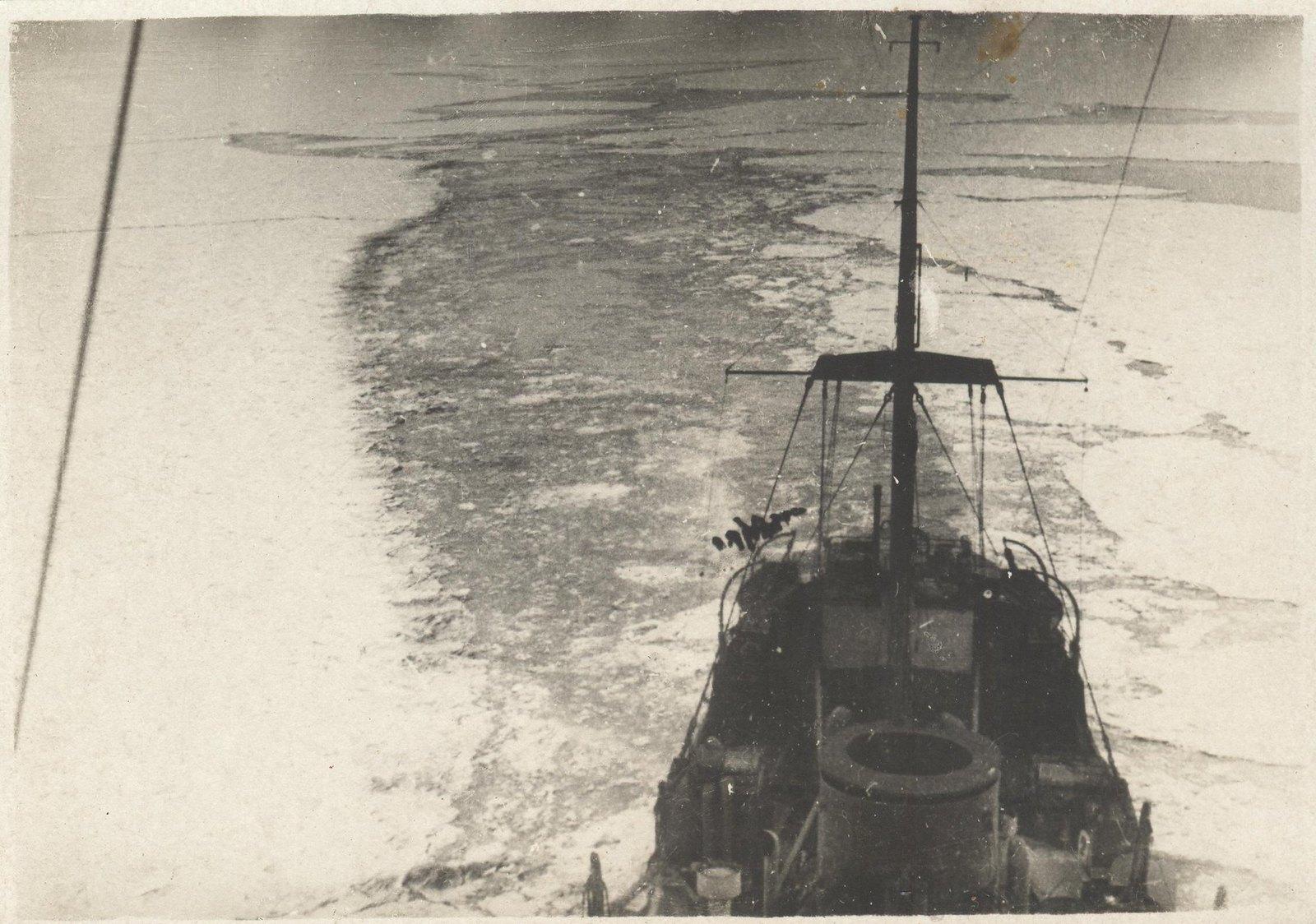 1934. Экспедиция по спасению челюскинцев(1)