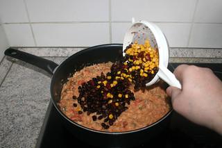 30 - Add corn & beans / Mais & Bohnen addieren
