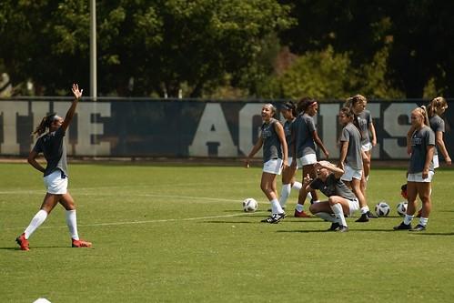 UC Davis Soccer Warmups