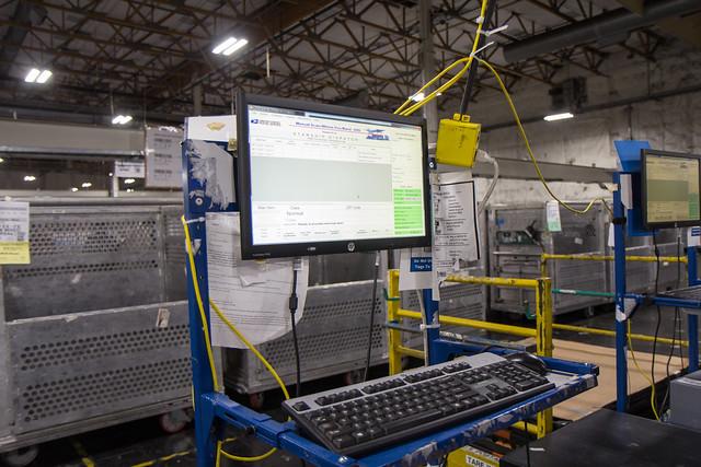 USPS Labeling Station