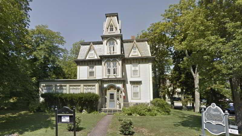 Bluenose Lodge Lunenburg