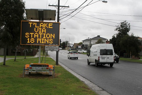 Travel time sign on Anderson Road, Sunshine - 18 minutes to Taylors Lakes via Station Road