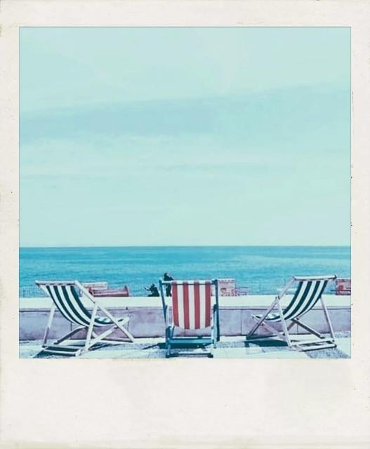 Song : Franco Battiato - Summer on a solitary beach