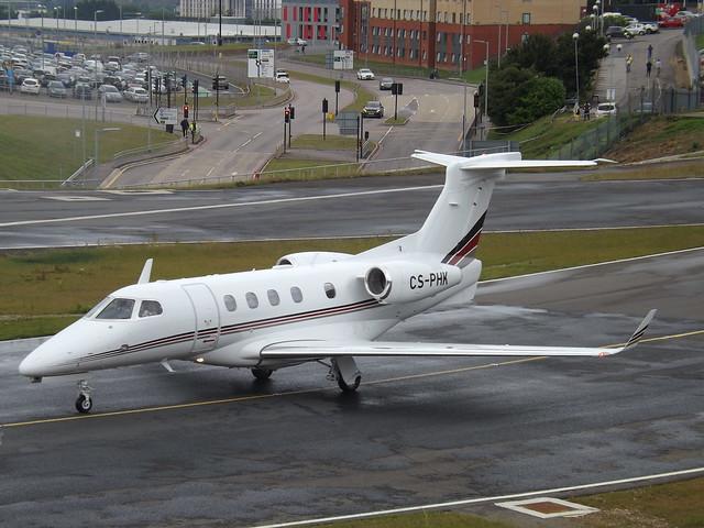CS-PHK Embraer Phenom 300 (NetJets Europe)