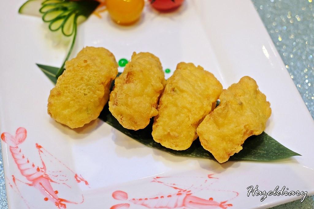Tien Court Restaurant At Copthorne King's Hotel Singapore -Homemade beancurd roll