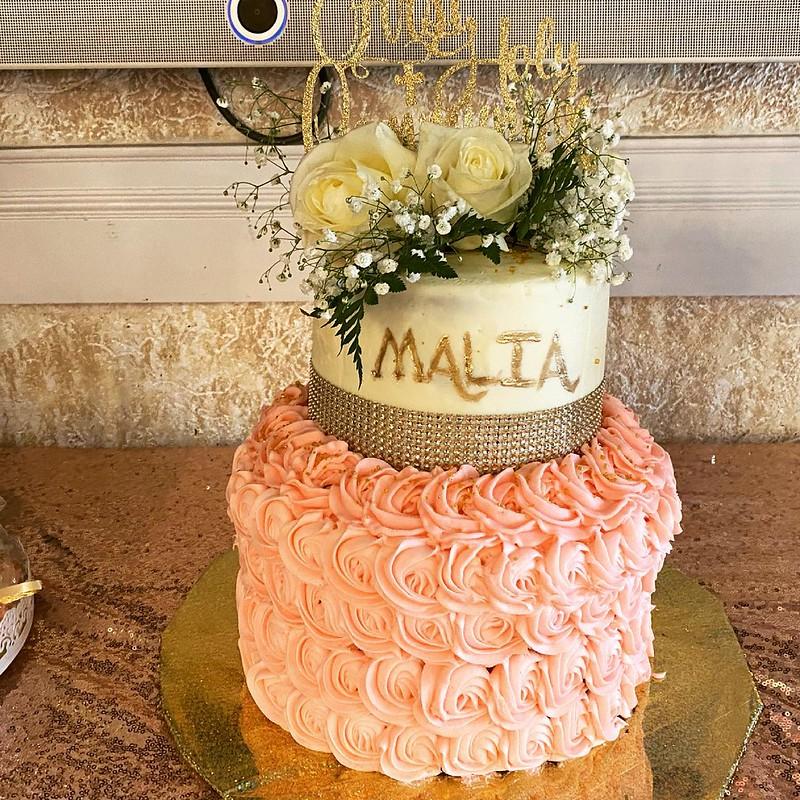 Cake by Blossom Cupcake