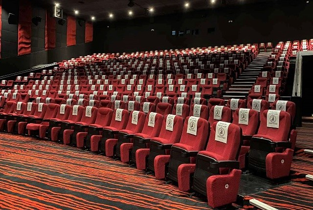 Gateway Cineplex, Ali Mall Cinemas ready to welcome you to a safer theater experience_Seat Sign