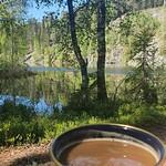 Skønt at vågne i naturen og nyde morgenkaffen med udsigt