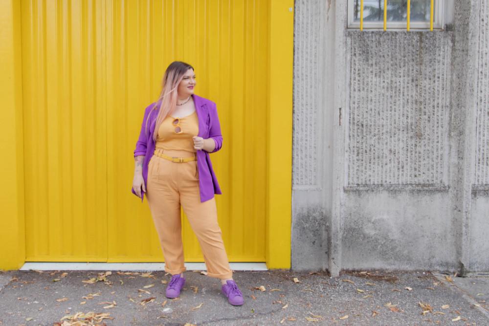 curvy color challenge viola e giallo colori complementari outfit curvy (8)