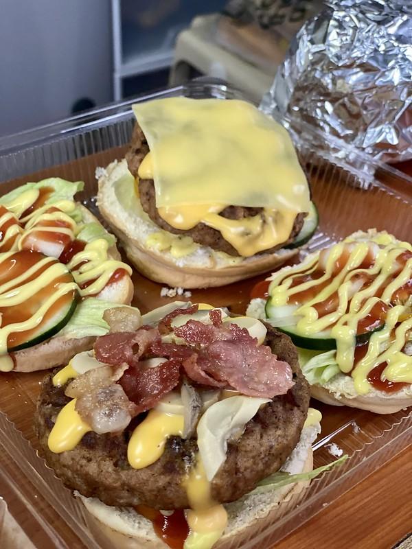 Explosive Burger Pasig