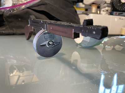 Papercraft Tommy Gun for The Reverend