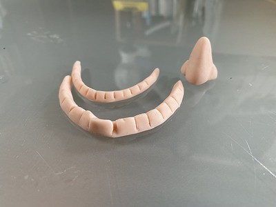 Elvis Costello's teeth and nose