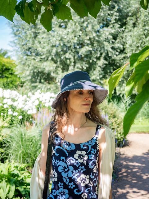 Mariëlle, Utrecht 2021: Blue flower