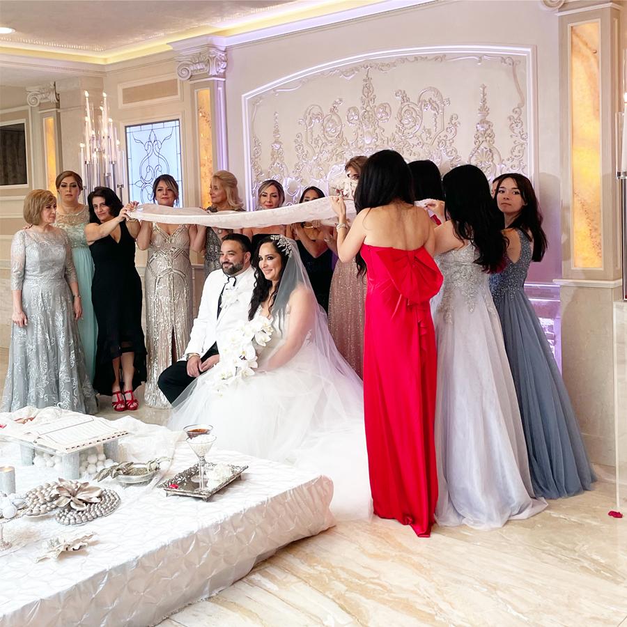 03-NewYorkNewYork-our-first-persian-wedding