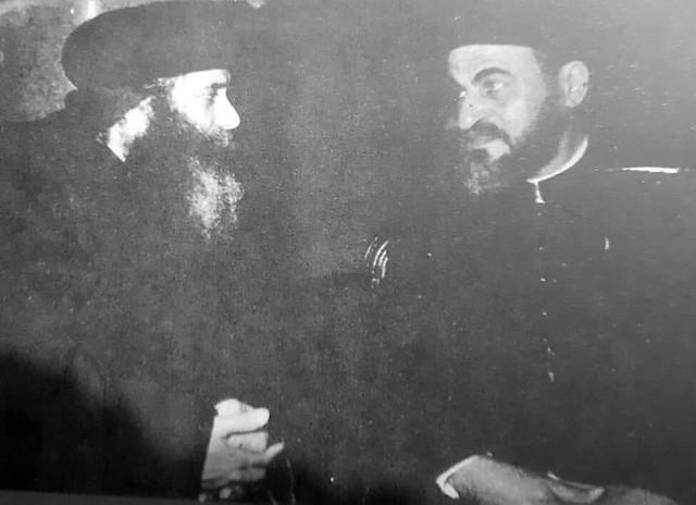 أبونا صليب سوريال مع البابا شنودة