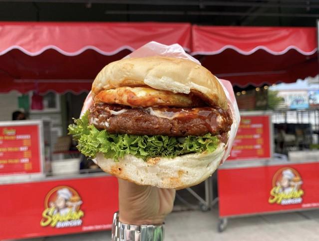Syukor Burger