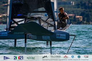 Fraglia Vela Malcesine_2021 Moth Worlds-4547_Martina Orsini