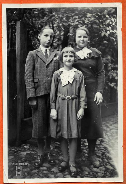 ArchivTappen24Album5m022 Geschwister, 1900-1930er