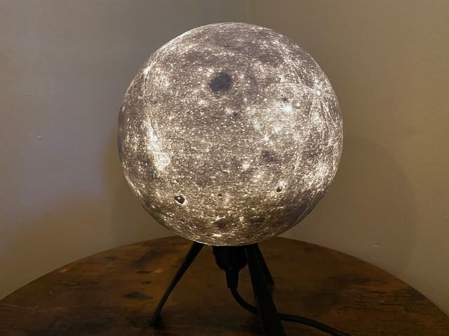 Lithophane Moon Lamp