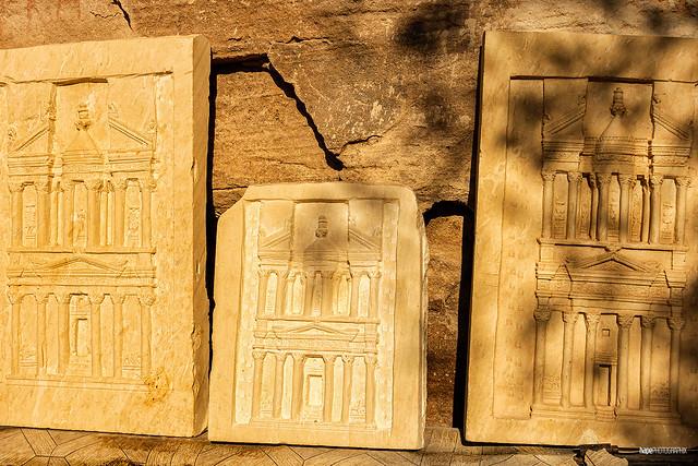 The little Treasure Houses