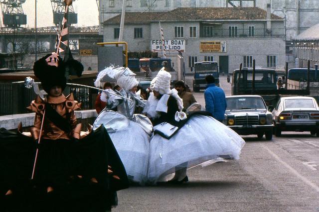 Carnevale di Venezia - Che la festa abbia inizio! (avvivals co' Ferry Boat)  [film]