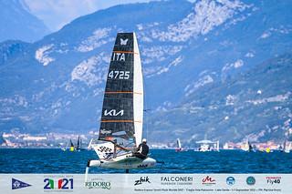 Fraglia Vela Malcesine_2021 Moth Worlds-4161_Martina Orsini