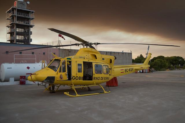 Bell 412 MZ7   EC-KUV