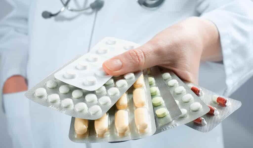 la-combinaison-antibiotique-réduirait-le-risque-de-la-résistance
