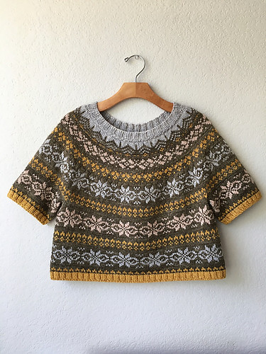 Camay (Purlificknitter) test knit this beautiful version of Miele by Knitting for Breakfast