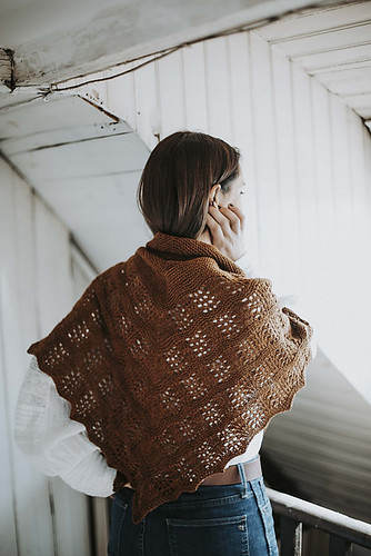 Also from Joji Locatelli's Ready for Fall collection is her Some Me Time Shawl