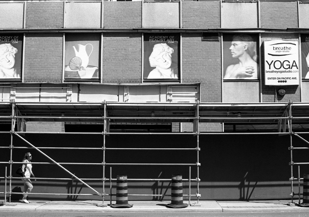 Faces Over the Scafolding_