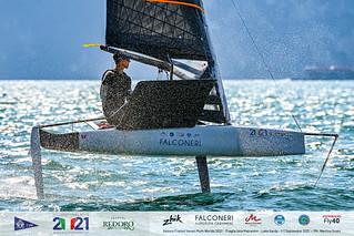 Fraglia Vela Malcesine_2021 Moth Worlds-7312_Martina Orsini