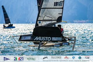 Fraglia Vela Malcesine_2021 Moth Worlds-6796_Martina Orsini