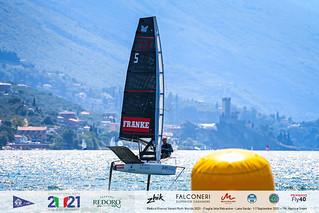 Fraglia Vela Malcesine_2021 Moth Worlds-5870_Martina Orsini