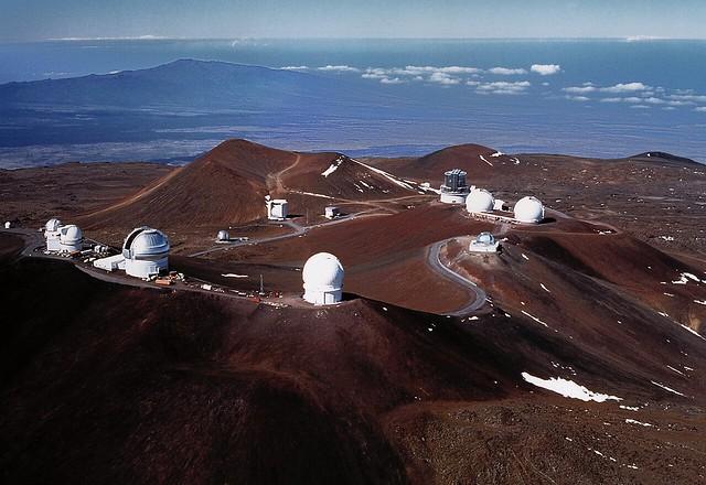 Obszervatóriumok látképe, Mouna Kea, Hawaii (forrás: NOAA)
