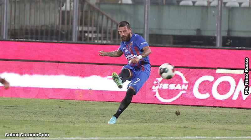 Catania-Bari 1-2: gli etnei tengono testa, prima della beffa finale firmata Simeri