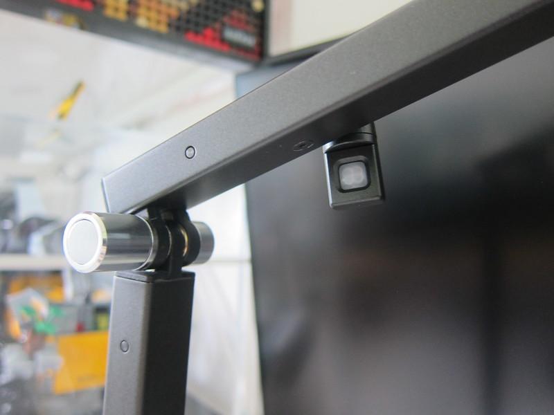 Koncept Z-Bar LED Desk Lamp - Rotate