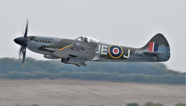 RAF Supermarine Spitfire FR MkXIV G-SPIT MV268 G-BGHB JE-J