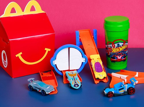 Hot Wheels Happy Meal Toy Collectibles (1)
