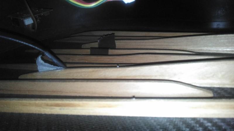 scalloped bracing