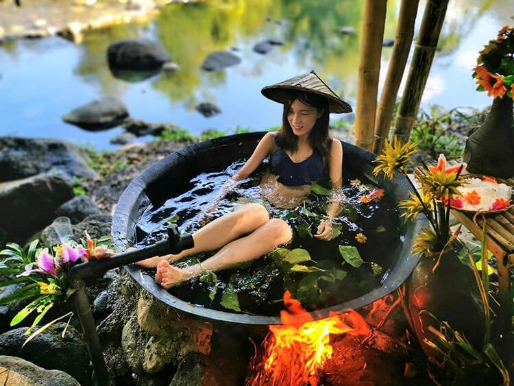 Kawa bath at Antique