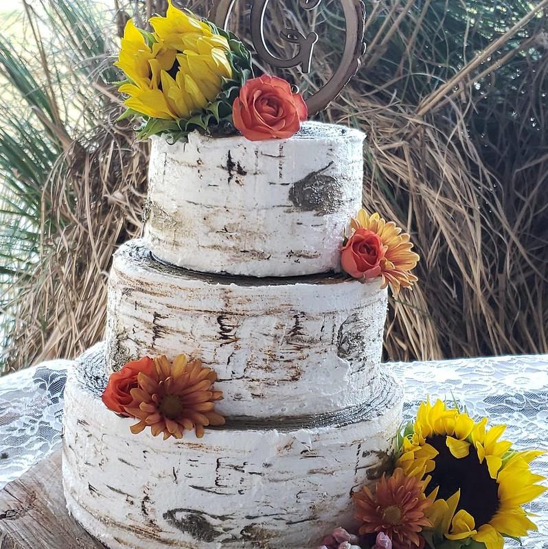 Cake by KaraBoo's Bakery