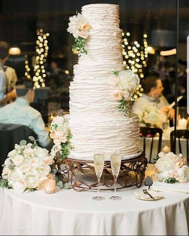 Cake by Dallas Affaires Cake Company