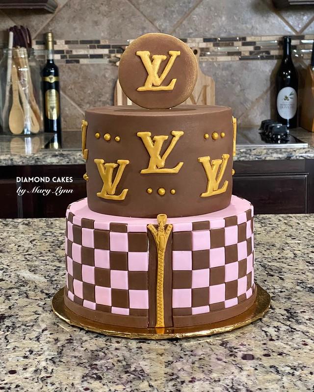 Cake from Diamond Cakes by Mary Lynn